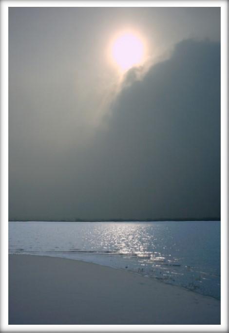 Grau mit Sonne