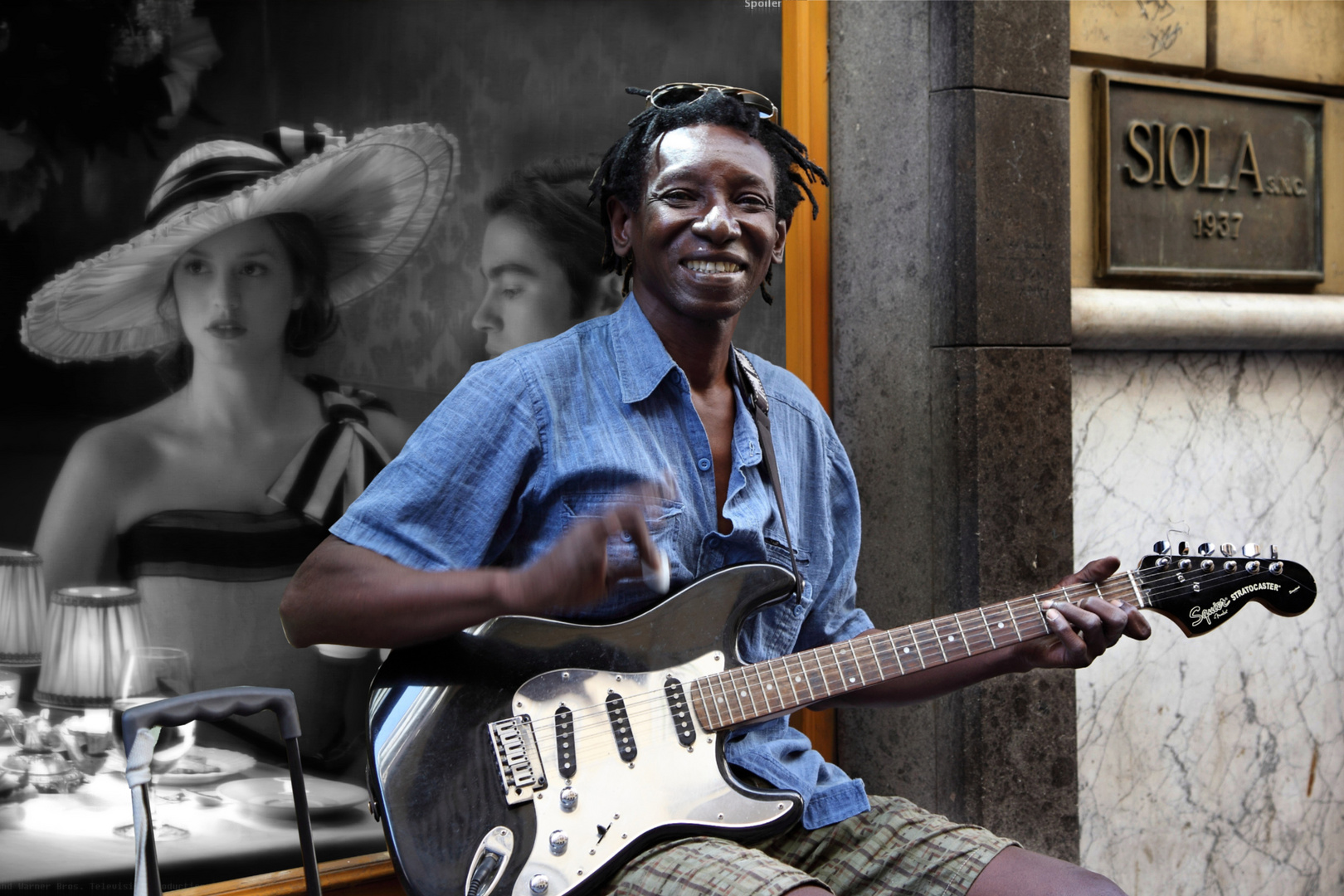 Great street artist, guitarist exceptional street Chiaia Naples - Italy
