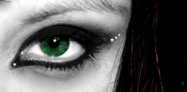 ~green eyed devil~