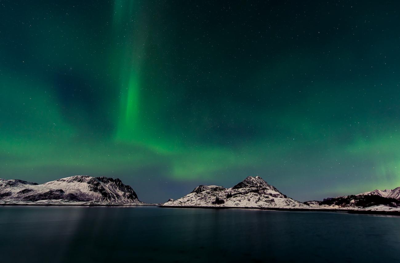 green flashing lights