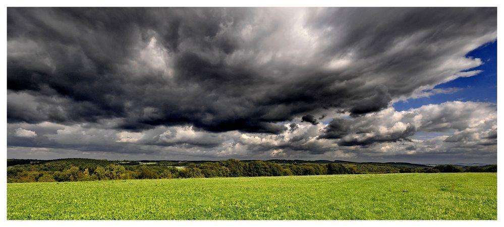 greenhills over dhüntalsperre
