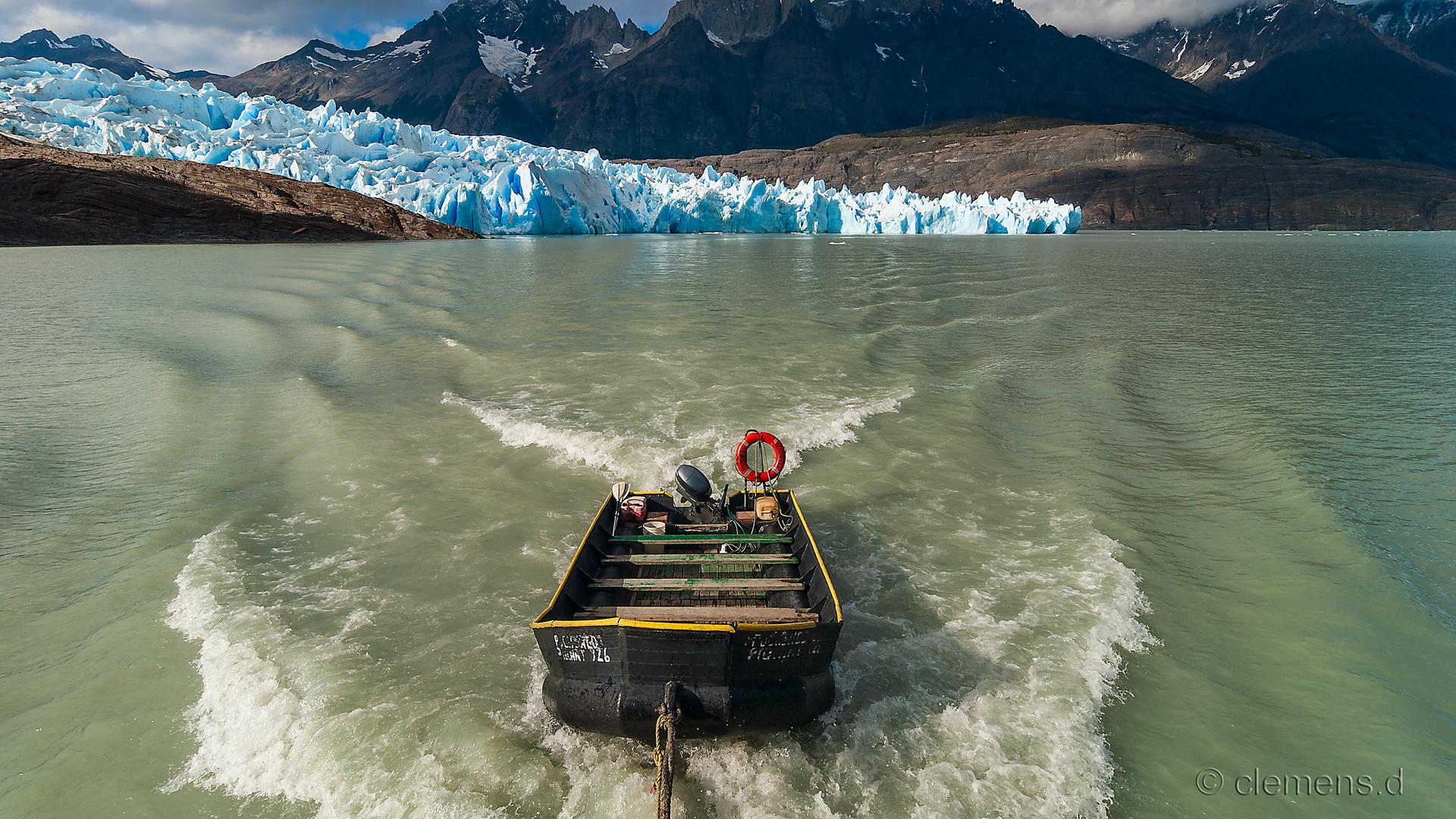 Grey Gletscher mit Boot