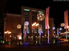 Grillo-Theater Essen mit Weihnachtsbeleuchtung