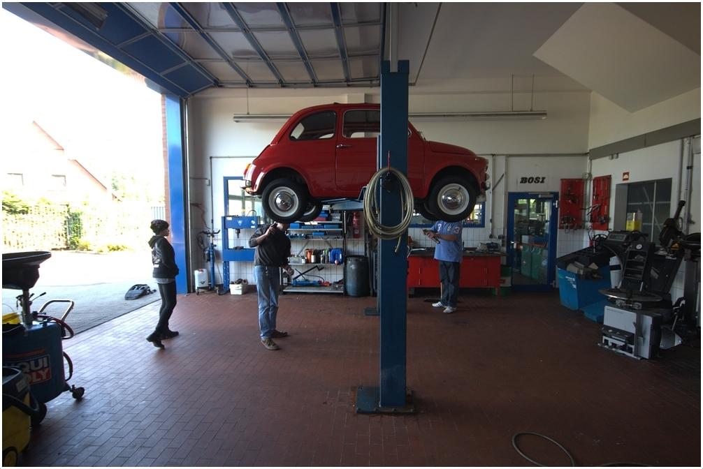 Große Bühne für ein kleines Auto