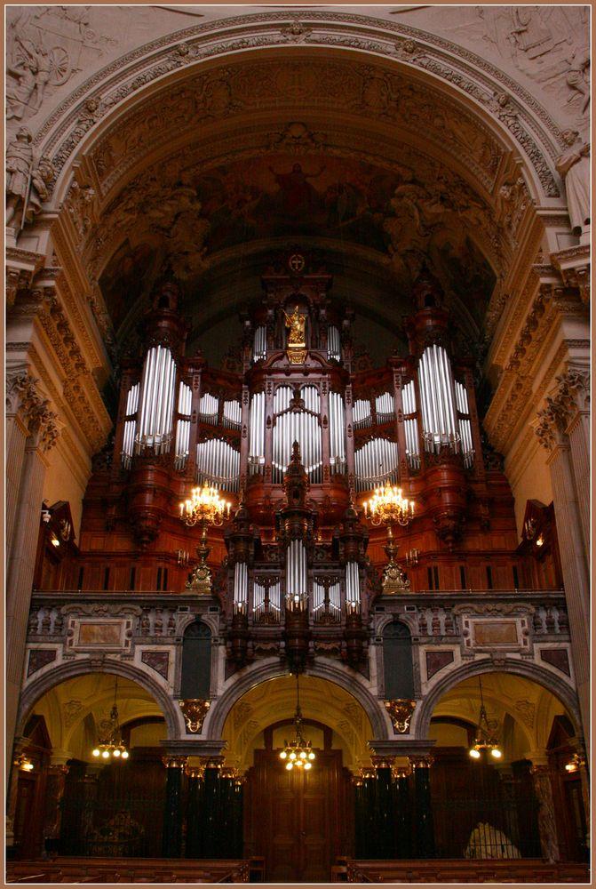 Große Sauerorgel im Berliner Dom