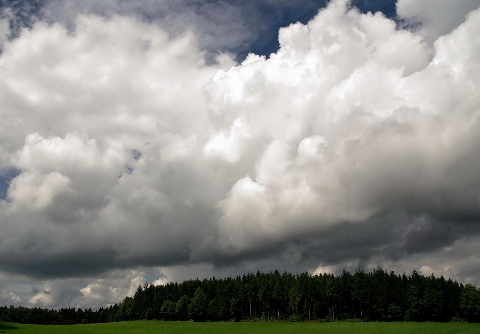 Große Wolke