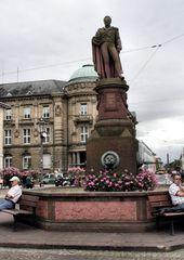 Großherzog-Ludwig-Denkmal Brunnen