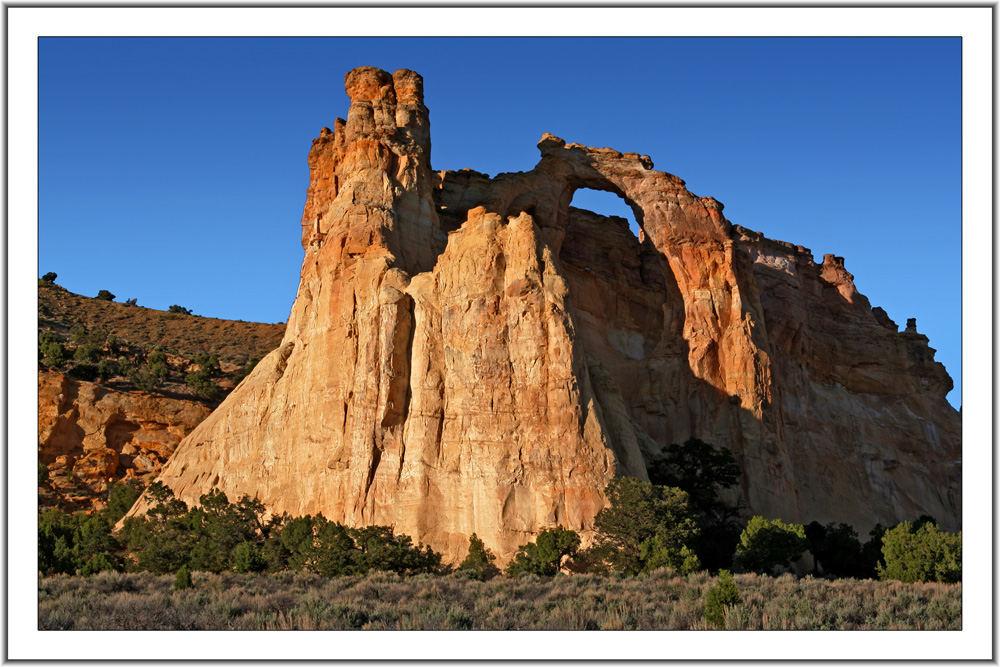 Grosvenor arch, Cottonwood Canyon Rd.