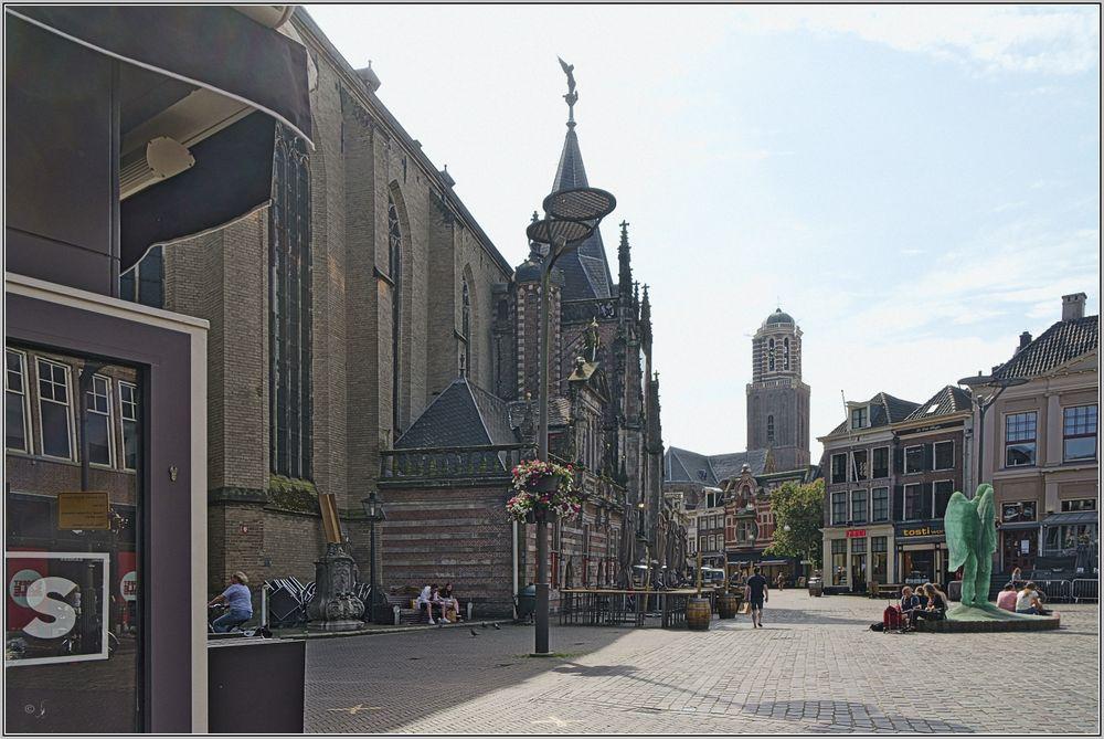 Grote Markt mit St.-Michaëls-Kirche in Zwolle