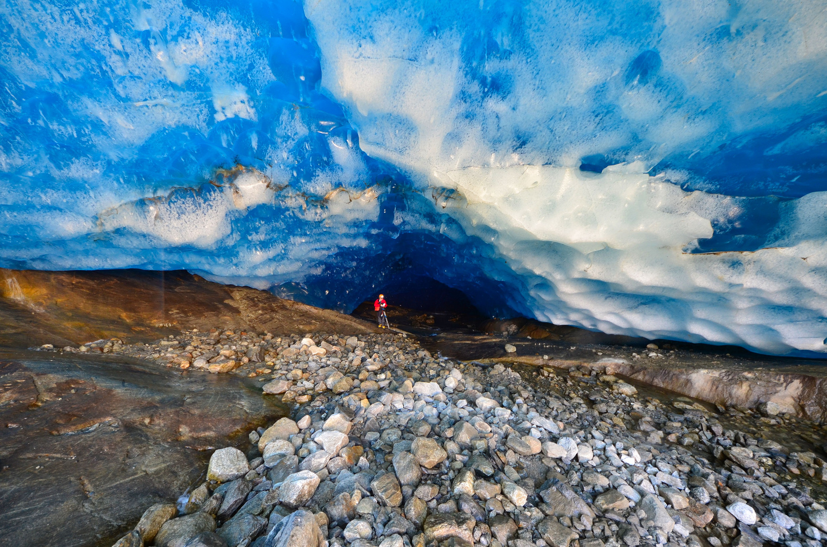 Grotta sottoglaciale (16)