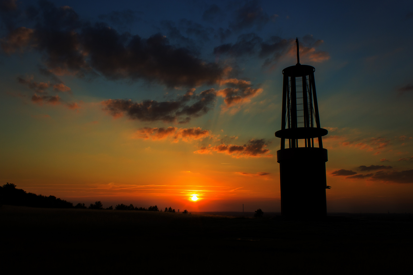 Grubenlampe bei Sonnenuntergang