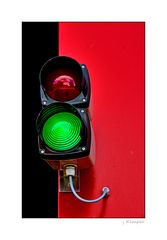 - grün für den Rettungswagen -