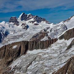 Grüneggfirn vor Jungfraumassiv