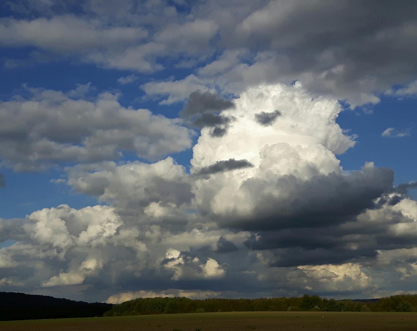 Grüße von den Wolken