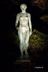 Grugapark - Frauenstatue