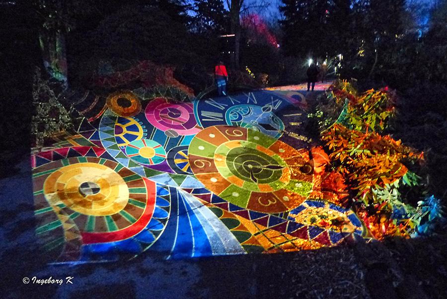 Grugapark - Lichterwochen - Lichtspiele auf dem Weg 1