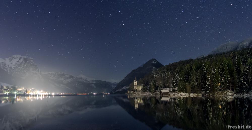 Grundlsee by night