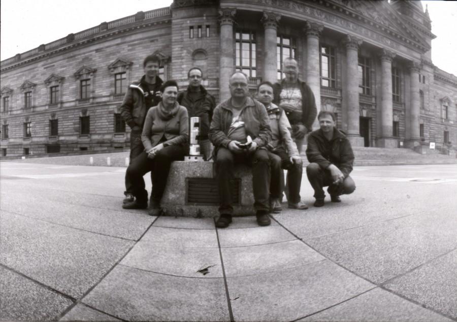 Gruppenbild zum Lochkameratag 2013