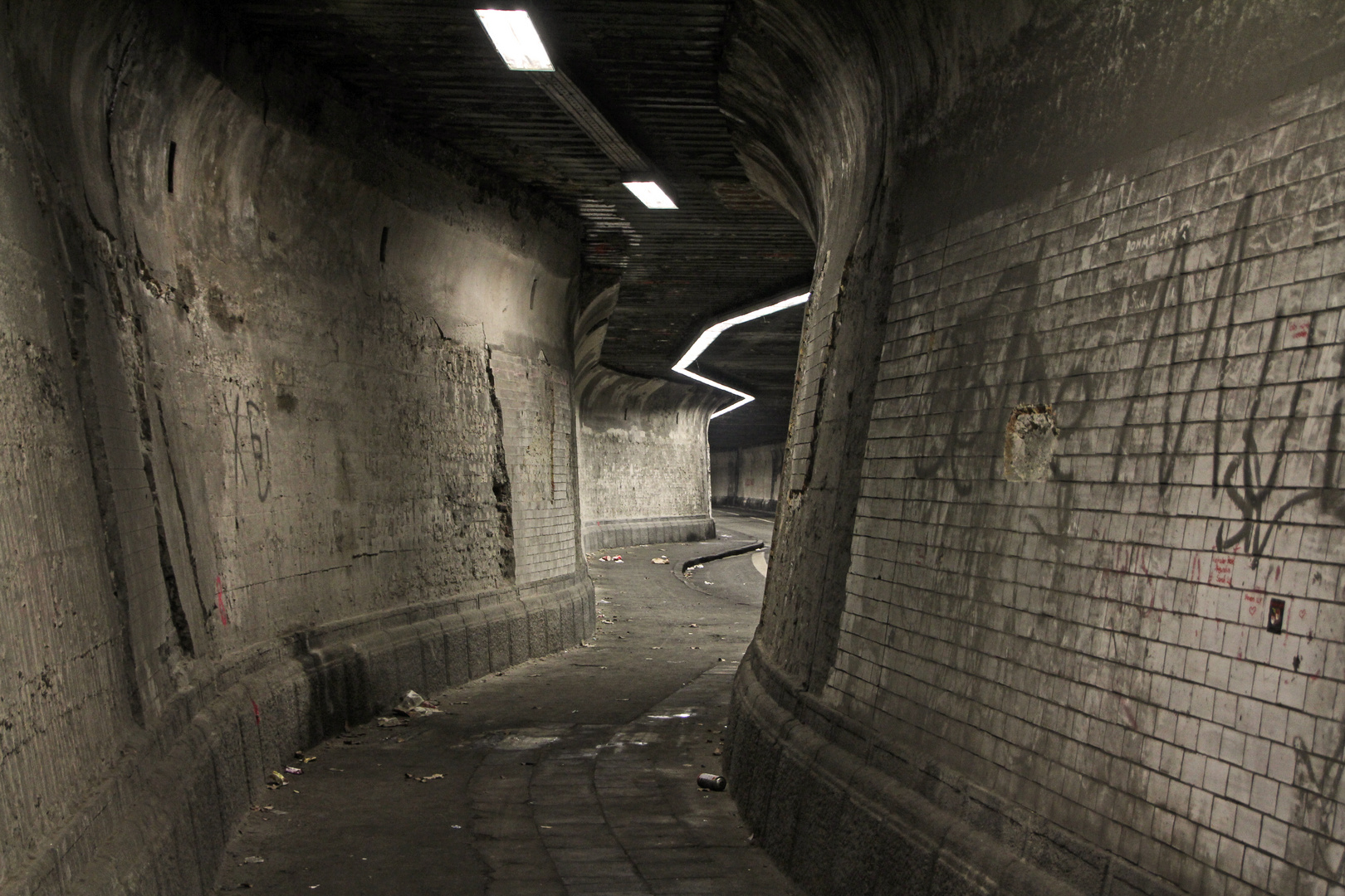 Grusel –Tunnel