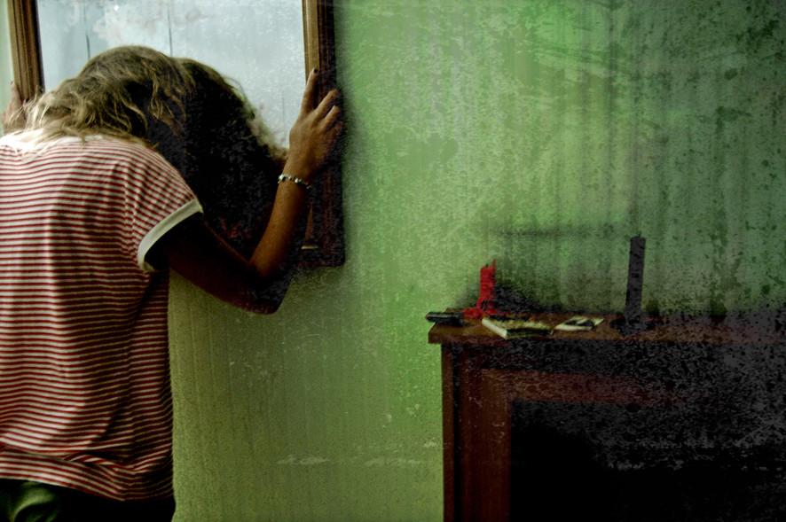 Guardati allo specchio foto immagini esperimenti fotografici giovani foto su fotocommunity - Bambini che si guardano allo specchio ...