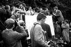 Günter Grass auf der Kundgebung gegen Notstandsgesetze 1968 - in memoriam für einen großen Menschen