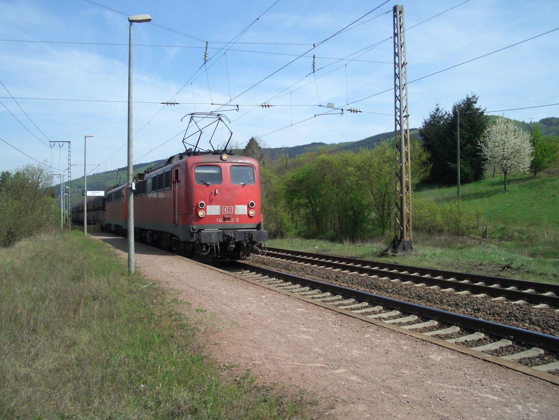 Güterzug am Bengeler Berg (Mosel)