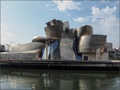 Guggenheim Bilbao Alternative 1