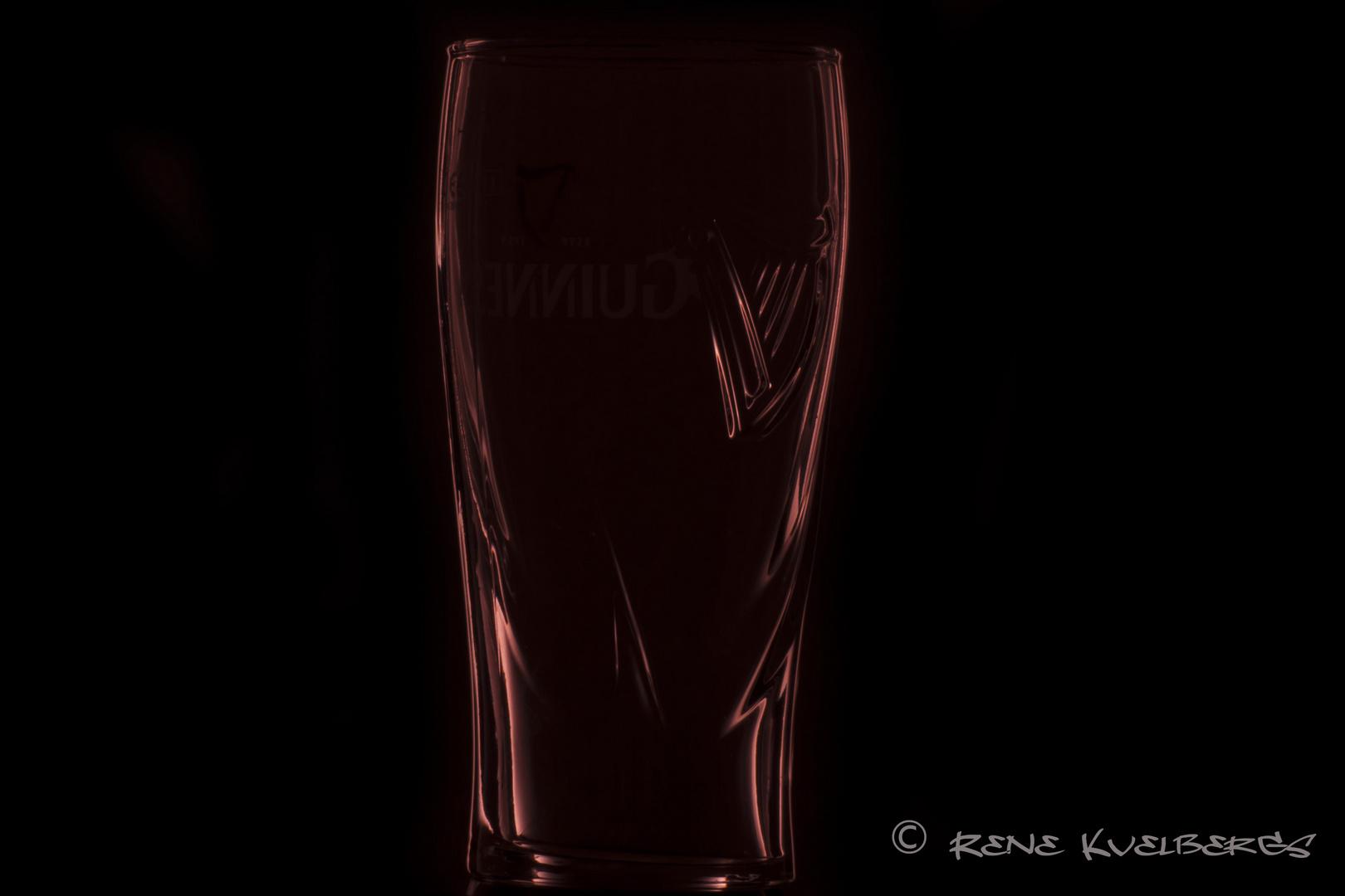 Guiness Glas in einem anderen Licht