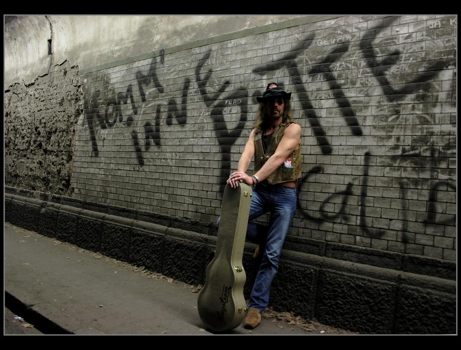 *Guitar*