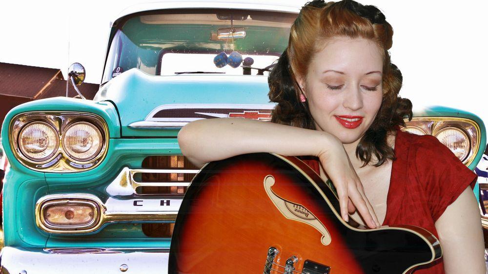 guitar girl 2013 4
