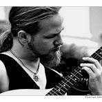 ... guitarist ...