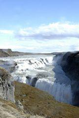 Gullfoss (Der goldene Wasserfall)