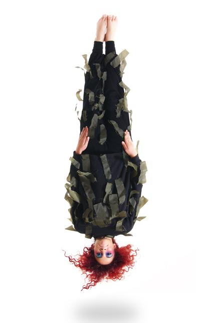 gulsah upside down