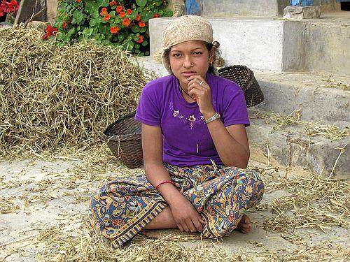 Gurung Mädchen in Ghandrung - Nepal