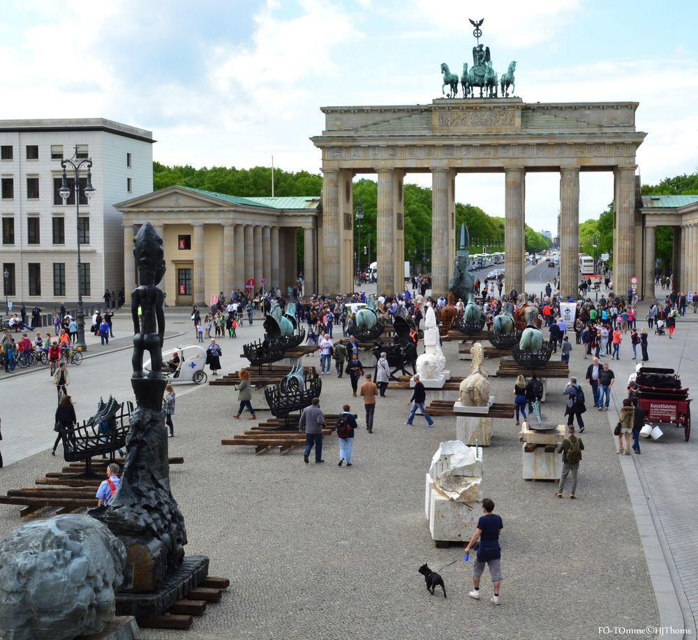 Gustavo Aceves - Lapidarium - in Berlin - I