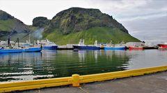 Gut geschützter Hafen auf Heimaey