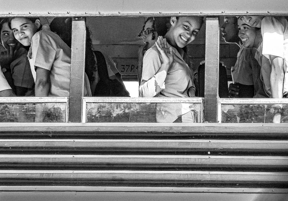 Gute Stimmung im Schulbus