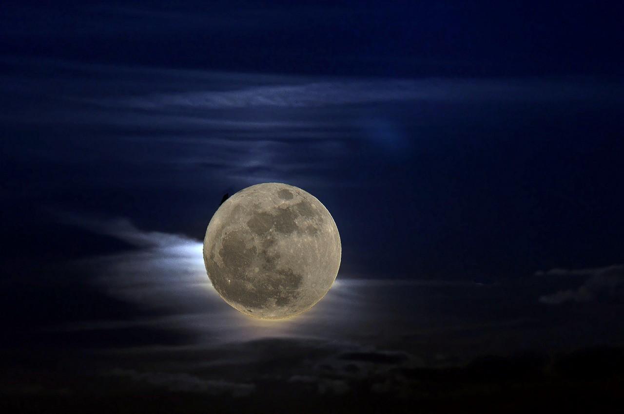 guter Mond du gehst so stille ...