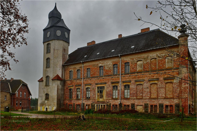 Gutshaus Auerose - ein Stück sterbende Vorpommersche Geschichte…