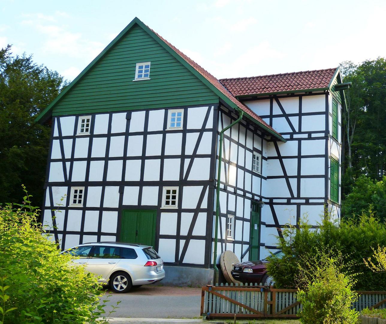Gutsmuhle Bad Holzhausen 2 Foto Bild Architektur Landliche