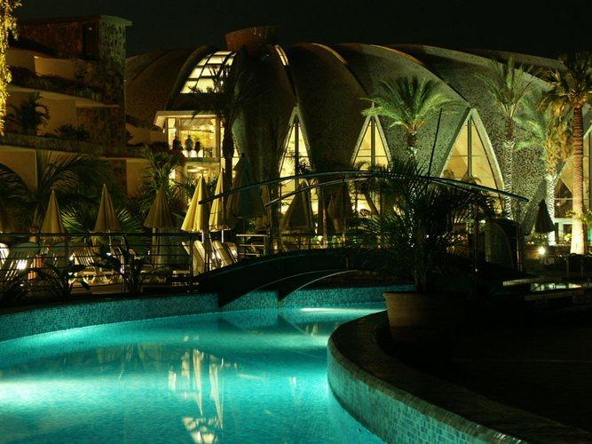 H10 Playa Meloneras Palace bei Nacht