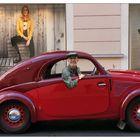 habe mir ein neues Auto gekauft,ist erst 80 Jahre alt !