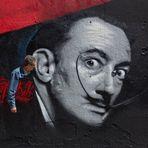 Hablando a Dalí