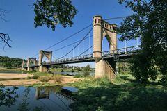 Hängebrücke über die Loire bei Langeais