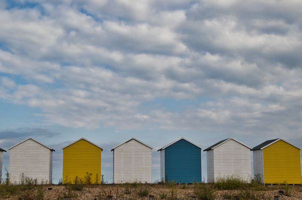Häuschen am Strand Foto & Bild | architektur, europe, united ...