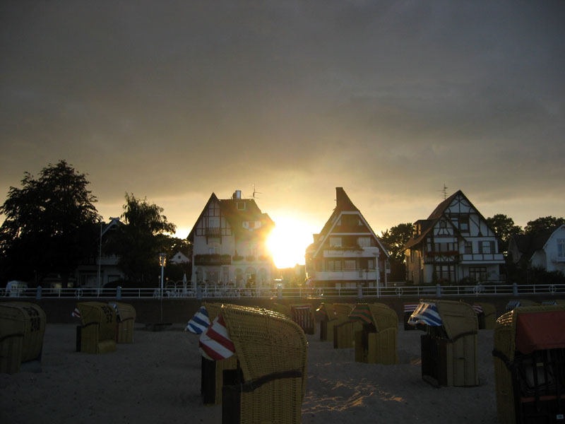 Häuser im Schatten der Sonne