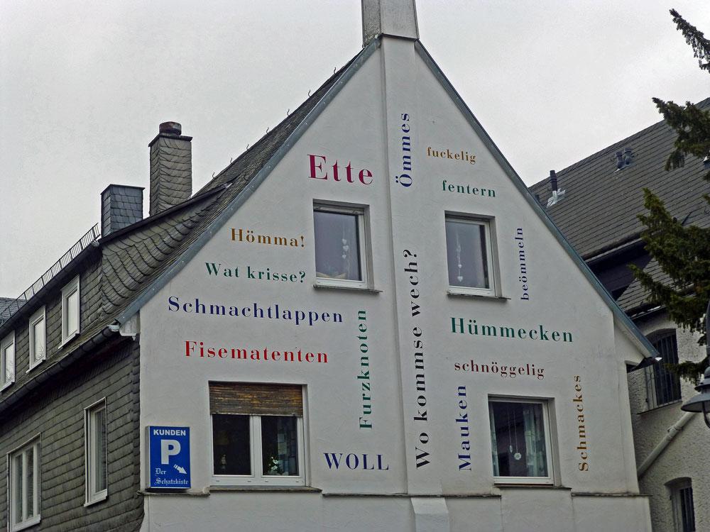 Häuserwand in Brilon