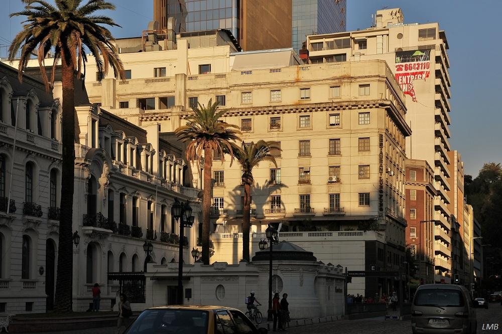 Häuserzeile (Linea de casa) an der Enrique Mac Iver 200-300