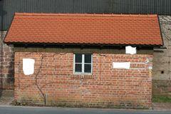 Häuslein mit Fenster