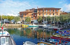 Hafen am Lago di Garda